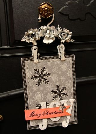 Holiday-wall-hanging