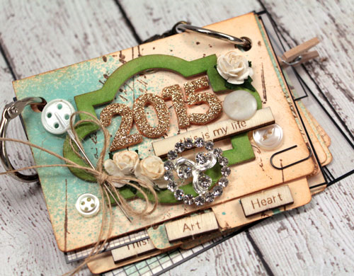2015 Mini Album create with Mini File Folders by Julia Stainton